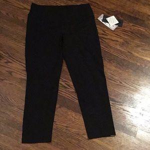 Black 3/4 length leggings